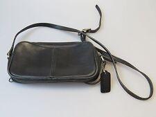 Small Coach Legacy Bag Purse L2P-9589 Cross Body Camera Bag Black