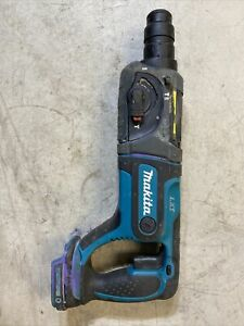 Makita XRH04 18V Cordless Rotary Hammer **TOOL ONLY