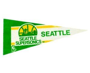 Vintage NBA Seatlle Supersonics Team Logo Felt Mini Basketball Pennant 4x9