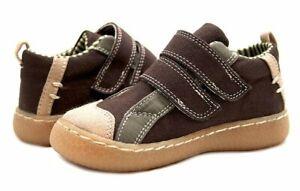 NIB LIVIE & LUCA Shoes Bernal Brown 4 HTF!