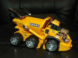 ERTL Yellow JOHN DEERE Modified DUMP Construction TRUCK Lights Sounds RARE Cool