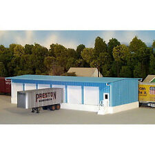 Rix Products PIKESTUFF Truck Terminal Building Kit HO Scale 541-5001