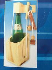 Geduldsspiel - Befreien Sie die Flasche aus der Gefangenschaft
