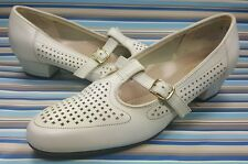 HUSH PUPPIES MADE IN USA MARY JANE WHITE LEATHER WOMENS SHOES 7 M