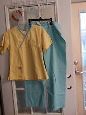Women's Scrub Set  Size Small by Urbane Scrubs  pre owned