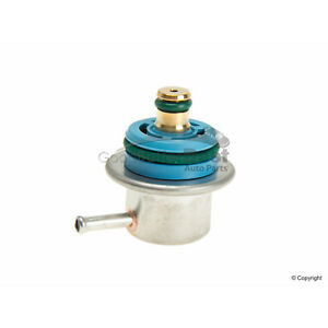 One New Bosch Fuel Injection Pressure Regulator 0280160560000 9118850 for Saab