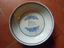 Ancienne assiette en faience   décor parlant   bleu et blanche Rouen , Nevers ?