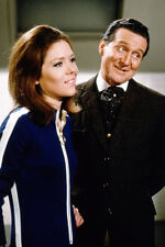 Diana Rigg in jumpsuit Patrick Macnee The Avengers 11x17 Mini Poster