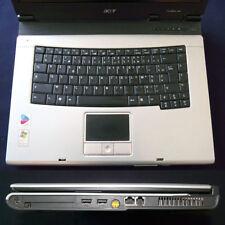 Ordinateur Notebook ACER TRAVELMATE 4000 à réparer ou pour pièces (TBE- Ecran HS
