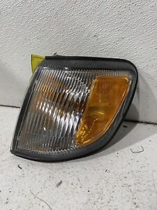 1998-2000 Subaru Forester left driver park comer light lamp turn signal oem FLAW