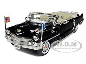 1956 CADILLAC PRESIDENTIAL LIMOUSINE 1/32 DIECAST CAR BY SIGNATURE MODELS 32356