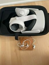 Oculus Quest 2 64GB VR Headset - White w/ Case and Headphones