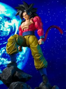 S.H. Figuarts Dragon Ball GT SUPER SAIYAN 4 Son Goku [Japanese Edition]