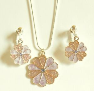 """FLOWER  PENDANT  NECKLACE (16"""" small chain)  & EARRING SET ~ CLIP ONS OR HOOKS"""