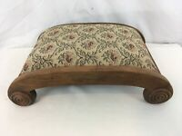 Vtg Curved Solid Wood Frame Floral Cloth Tapestry Victorian Foot Stool