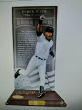New ListingDanbury Mint The Derek Jeter Hall of Fame Sculpture in Pinstripes,#2853 of 5000