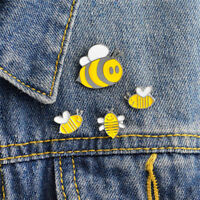 Cute 4PCS Enamel Animals Bee Brooch Pin Shirt Collars Pins Badge Corsage Jewelry