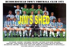 HUDDERSFIELD TOWN TEAM PRINT 1971 (WORTHINGTON/ELLAM)