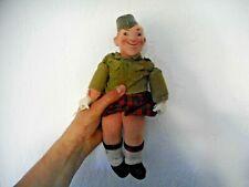 poupée composition  UNICA Belgique 1945  soldat irlandais  peut être  Laurel  ??