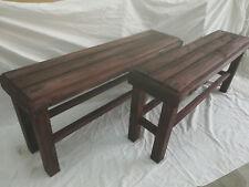 Pareja de BANCOS de madera maciza tableados XL. 1 m. largo. Color nogal