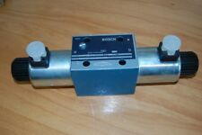 Bosch Wegeventil 4/3 Bosch Nr. 0810 001 715, NG 10, Ersatzteil,  Lager # 5086