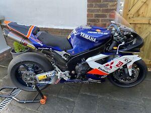 2008 Phase On Yamaha R1 1000 Michael Dunlop TT Superbike Racing Motorcycle