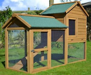The 6ft x 2.5ft Outdoor Manor Rabbit Hutch / Guinea Pig Cage