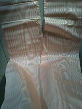 Magnifique grand large Ruban 🎀 moiré rose ,240 x 20 cm en  2 coupe égal