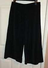 Chico's Black Career Back Pockets Crop Gaucho Pants Size 0.5 (S) 4/6
