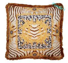 "Versace Zahara Medusa Pillow - 19.7"" -"