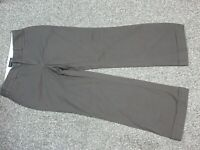 Women's Banana Republic Stretch Brown Pants Size 6S