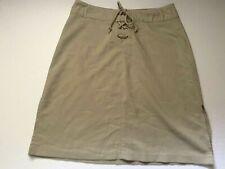 Studio Y  Stretch Skirt Size 7