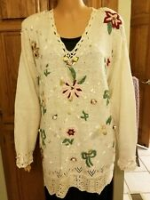NEW W/O TAGS KATHIE LEE WOMEN'S M PULLOVER SWEATER WEARABLE ART ROSES HONG KONG