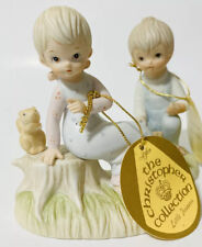 Lefton/'s Exclusives The Christopher Collection Warm Words and Flowers make Happy Hearts Hand Painted Figurine