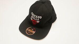 New Era NBA 9Fifty Chicago Bulls Snapback Cap Black Size Small - Medium S M