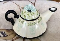 Lovely Tracy Porter Hand Painted Tea Pot For One.