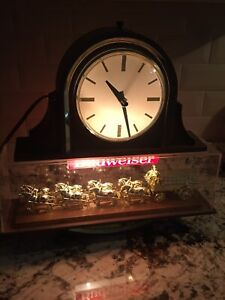 Vintage Budweiser Clydesdale Team Bar Light With Clock 1982