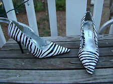 ZEBRA BLACK WHITE PATTERN ACCENT POINTED TOE CLASSIC PUMPS HIGH HEELS SIZE 6.5