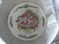 Royal Gallery accent salad plate (Queensberry-Thw presents) 1 available