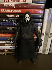 Neca 2011 Ghostface Scream Fabric Body