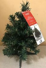 16 MINI GREEN CHRISTMAS TABLE TREES OFFICE RESELL CRAFT WHOLESALE 45 TIPS XM50