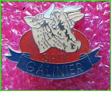 Pin's Animal  Une Vache Boeuf SAIX GALINIER / Cow  #1215
