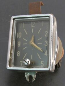 Original 1946 – 1948 Plymouth Accessory Dash Clock