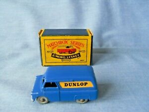 Moko Lesney Matchbox 25a - Bedford CA Van Dunlop - Superb in Excellent Box 1956