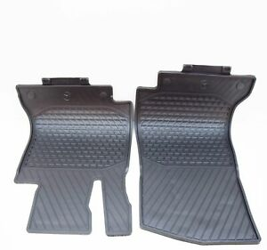 MERCEDES-BENZ C W205 Front Floor Rubber Mats Set LHD A20568075089G33 NEW GENUINE