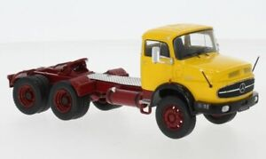 Coche Camión Lorry Ixo Model Escala 1:43 Mercedes Lk 2624 diecast