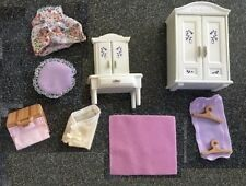 Calico Critters Girls Lavender Bedroom Vanity, Wardrobe+ accessories, 14pc NEW