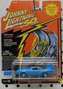 1970 PLYMOUTH ROADRUNNER SUPERBIRD PETTY BLUE 50 YEARS MOPAR JL JOHNNY LIGHTNING