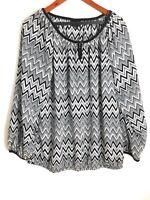 Lane Bryant Womens Size 14/16 Top Black White V-Neck Blouse Chevron Long Sleeve