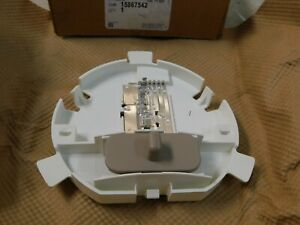 Genuine GM OEM Part # 15867542 Dome Lamp ~ NOS
